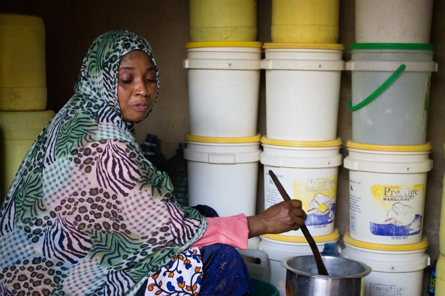 Mama Kibibi cooking in Mtongwe
