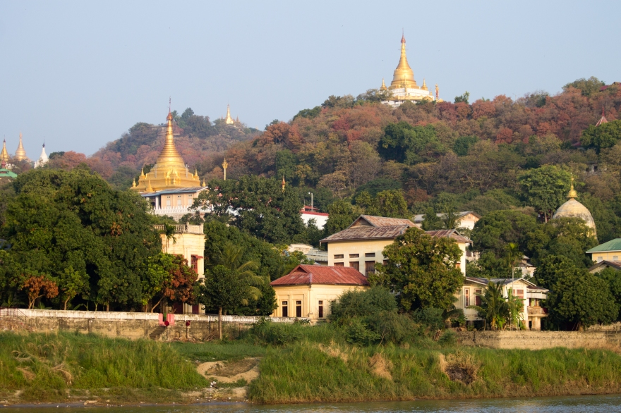 Temples on the Ayeyarwady