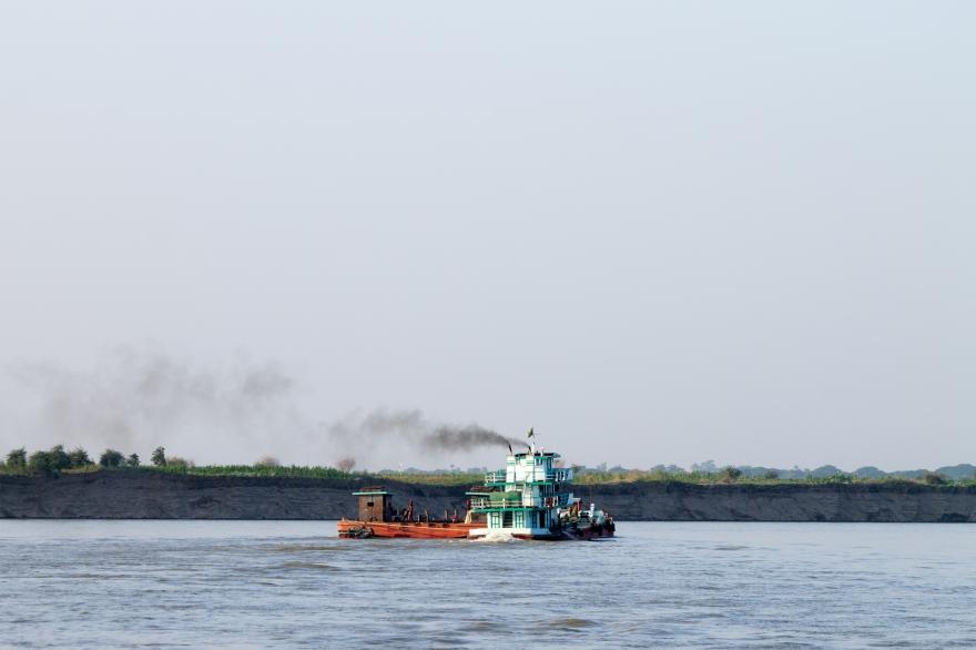 Boat on the Ayeyarwady