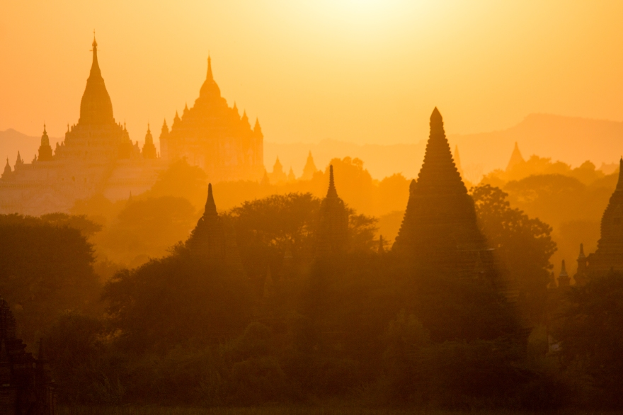 Glowing Temples, Bagan