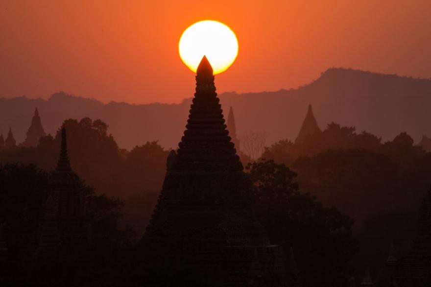 Red Sunset, Bagan