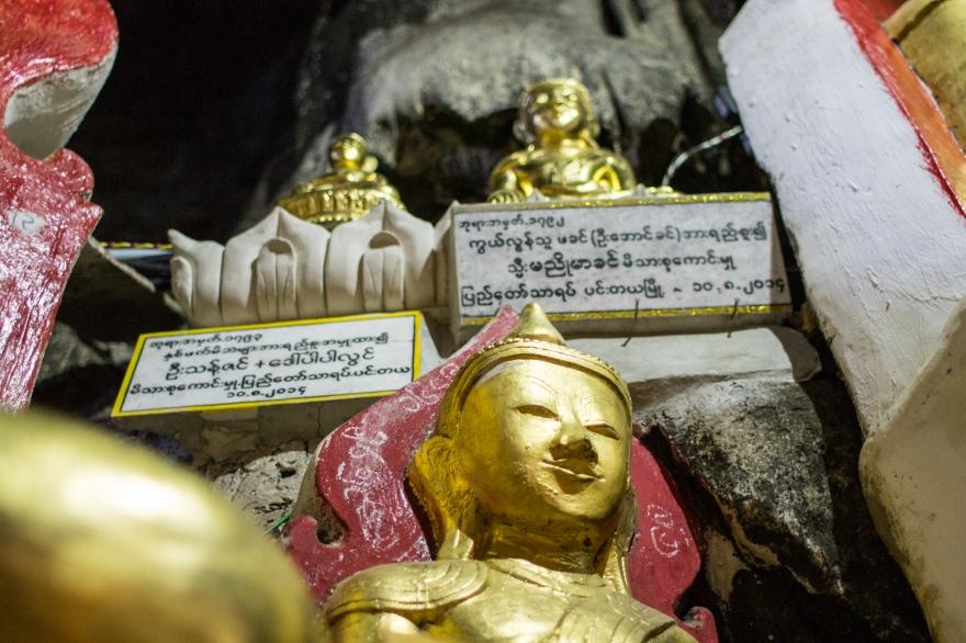 Buddhas atop Buddhas