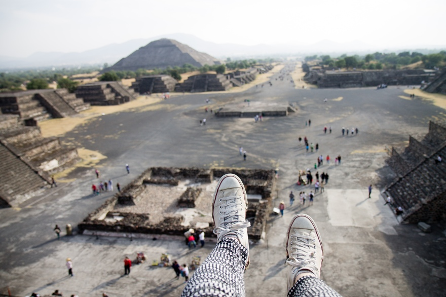 On the Pyramid of the Moon